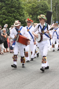 Morris on Parade